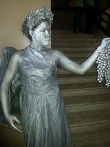 ambar santana estatua viva